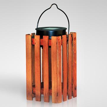 Saulės medinė žibinto šviesa